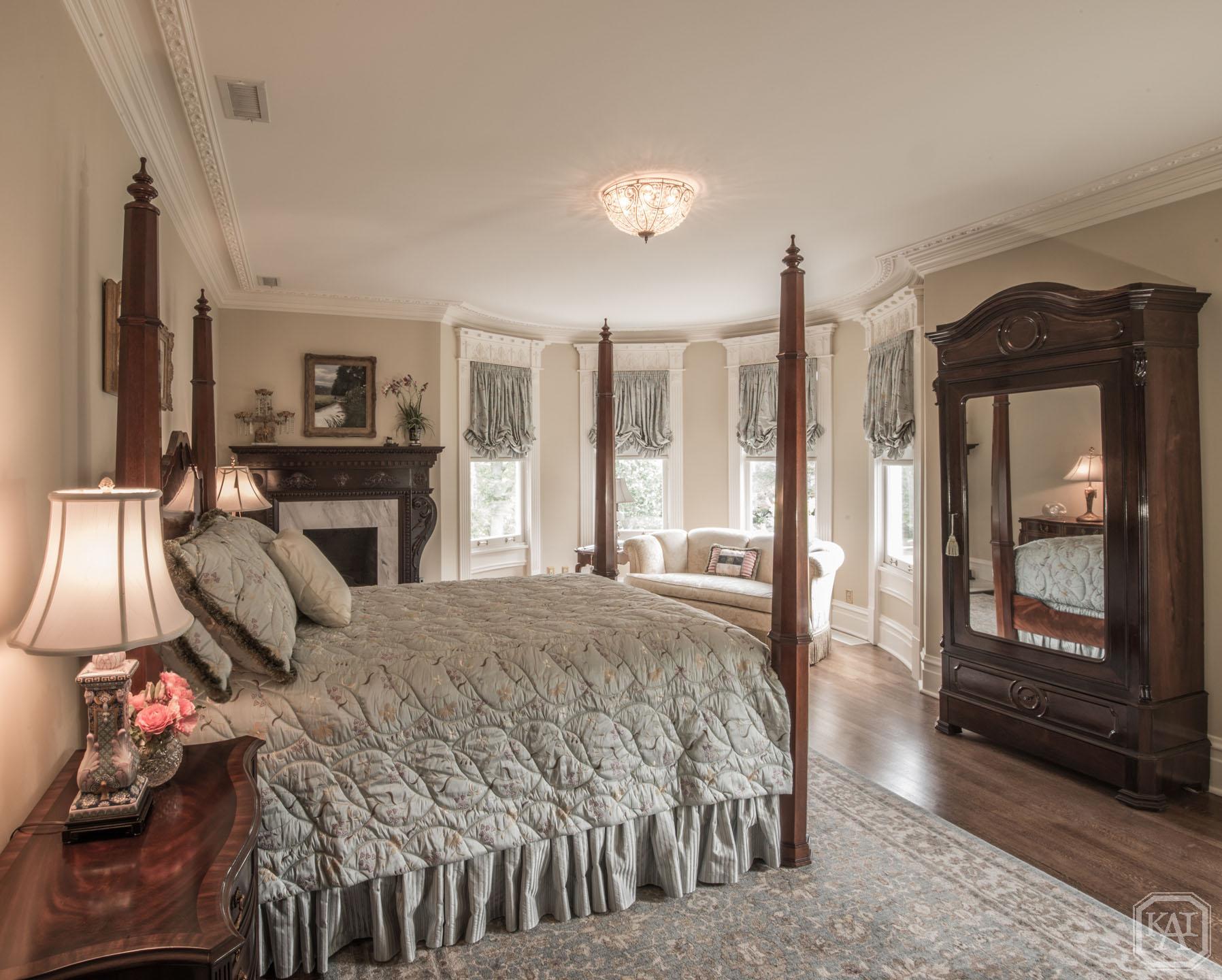 Master Bedroom 2_Victorian_EDIT.jpg