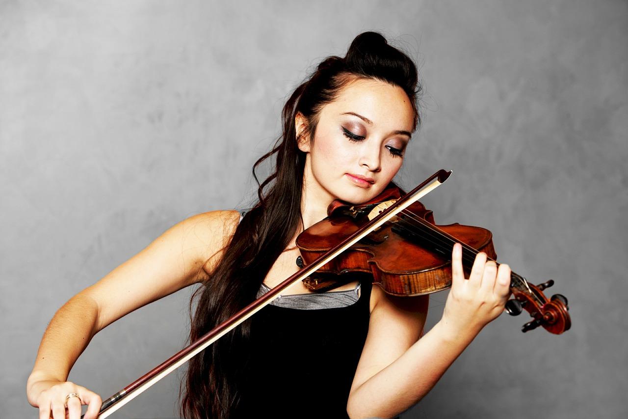 solo-violinist-619154_1280.jpg