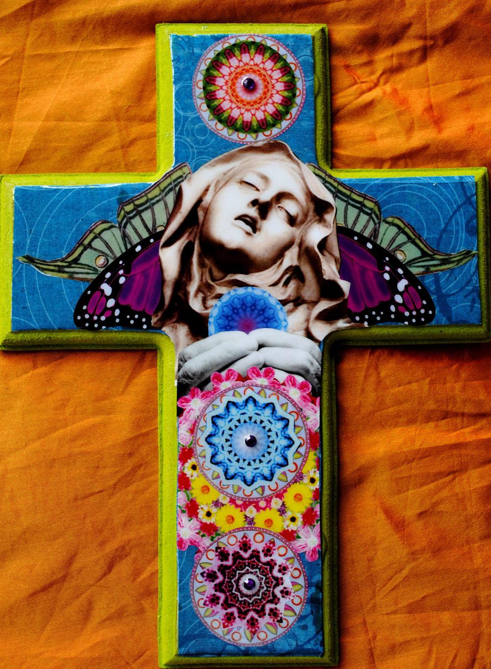 Ecstasy. Cross by Carolina Luciano.jpg