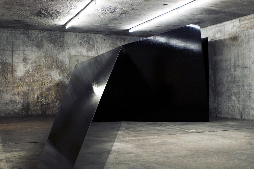 Work by Monika Sosnowska.