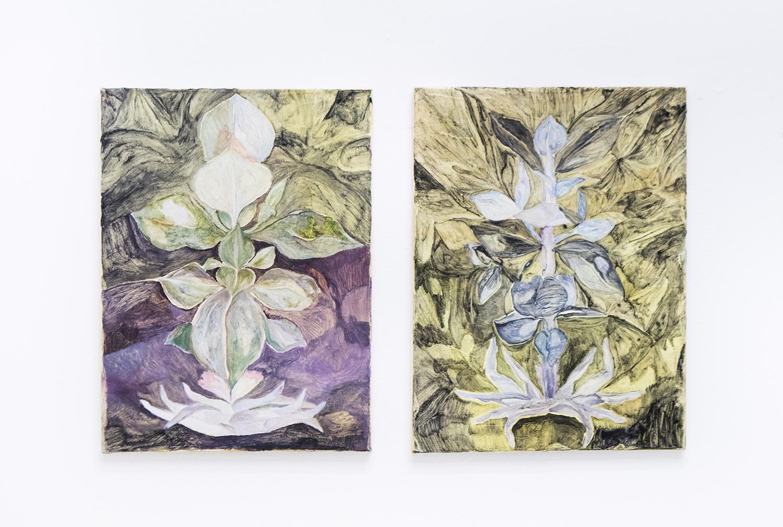 "Kinga Bartis, ""Old soil"", 2016 (oil on canvas, 40x29.5cm) & ""New soil, no soil"", 2017 (oil on canvas, 40x30cm) | Foto © I DO ART Agency."
