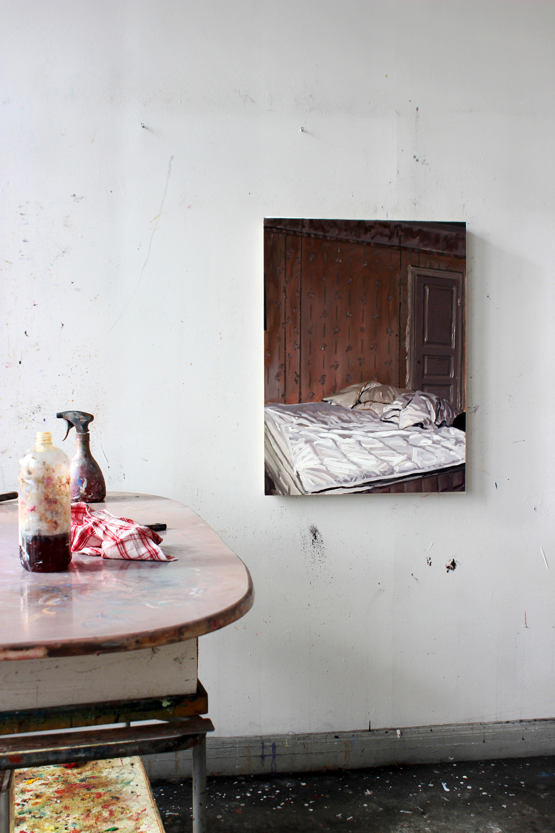 "Sara-Vide Ericson ""Inner Quarters"", 2017 (Oliemaling på træ)."
