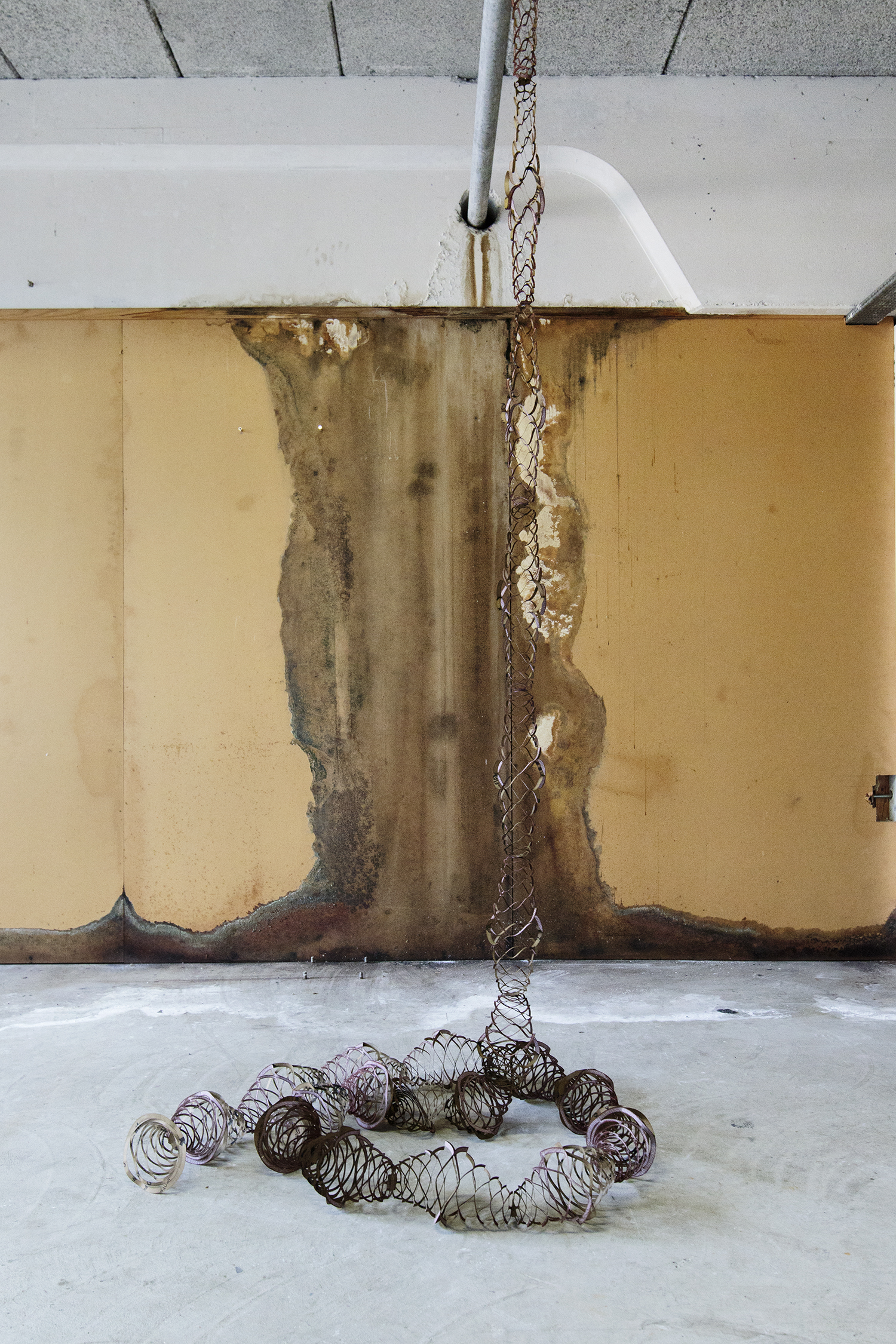 "Amitai Romm ""Exfoliation"" (Sandpapir) | Foto © I DO ART Agency."