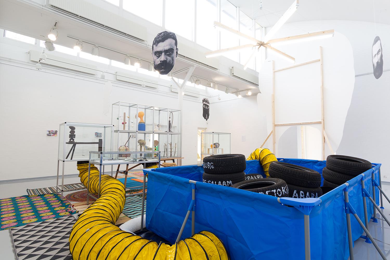 "Javier Tapia ""The Lumumba System,� 2019. Foto: Jonas Søgaard Lauridsen."