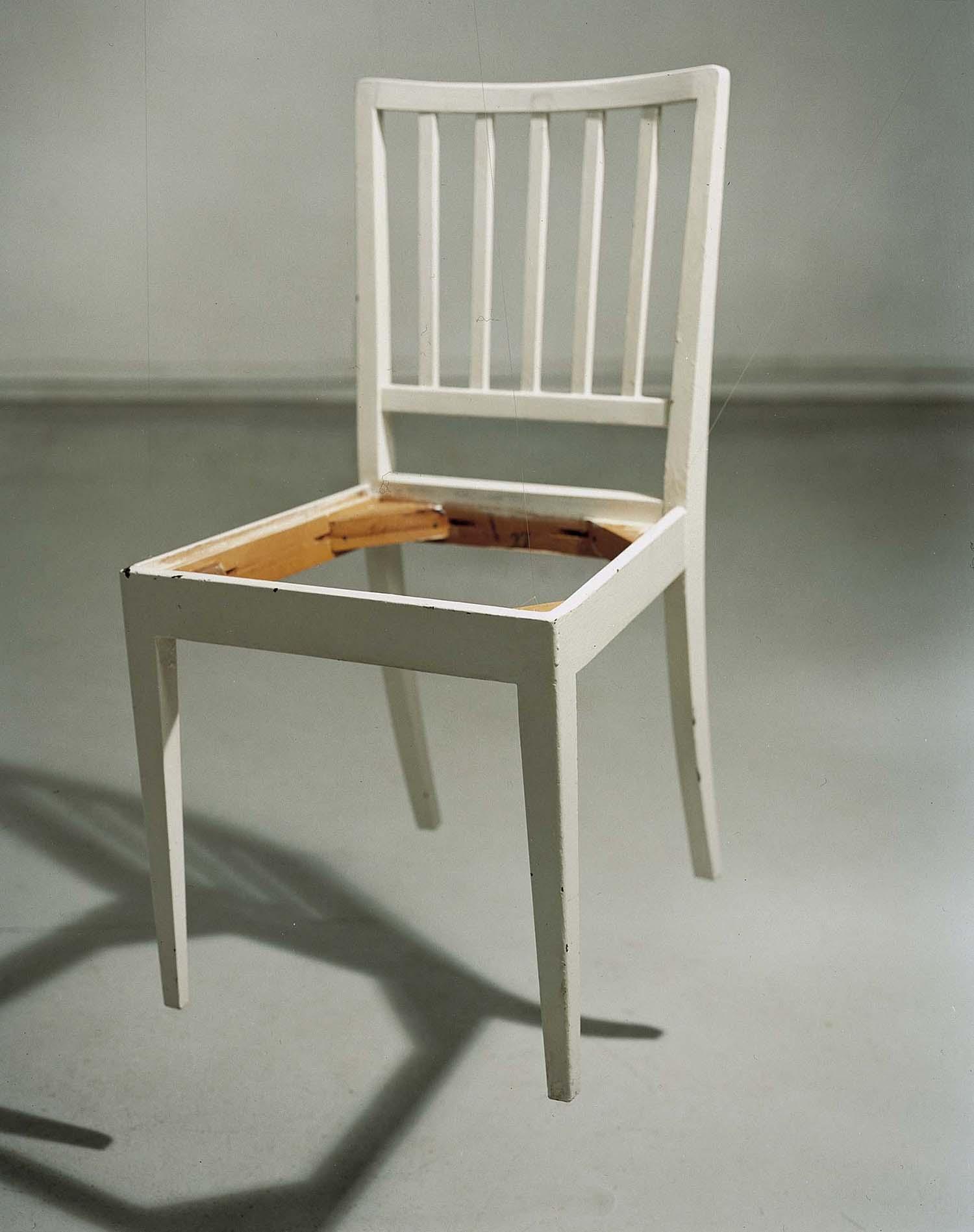 Annika von Hausswolff, Filosofisk stol, 2003. SMK.© Annika von Hausswolff.