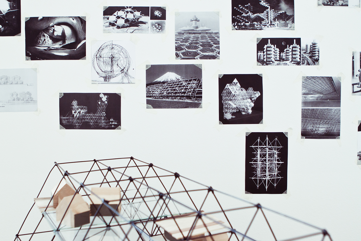 "Vladas Suncovas, ""Mycosapiens- Tensegrity Inhabitants (ongoing research)"", 2013. Foto: I DO ART Agency."