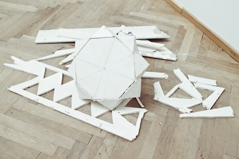 "Signe Frederiksen, ""Det eneste reelle argument"", 2013. Foto: I DO ART Agency."