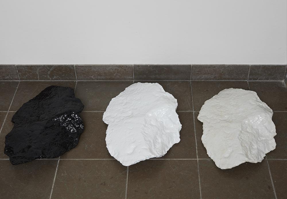 Morten K Jacobsen. White Mountains. Black Mountain. 2019.