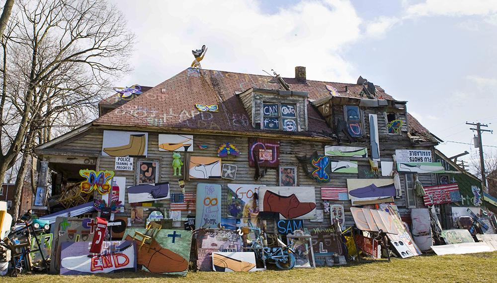"Heidelberg Project i Detroit ""Obstruction of Justice (OJ) House."" Foto: David Yarnall."