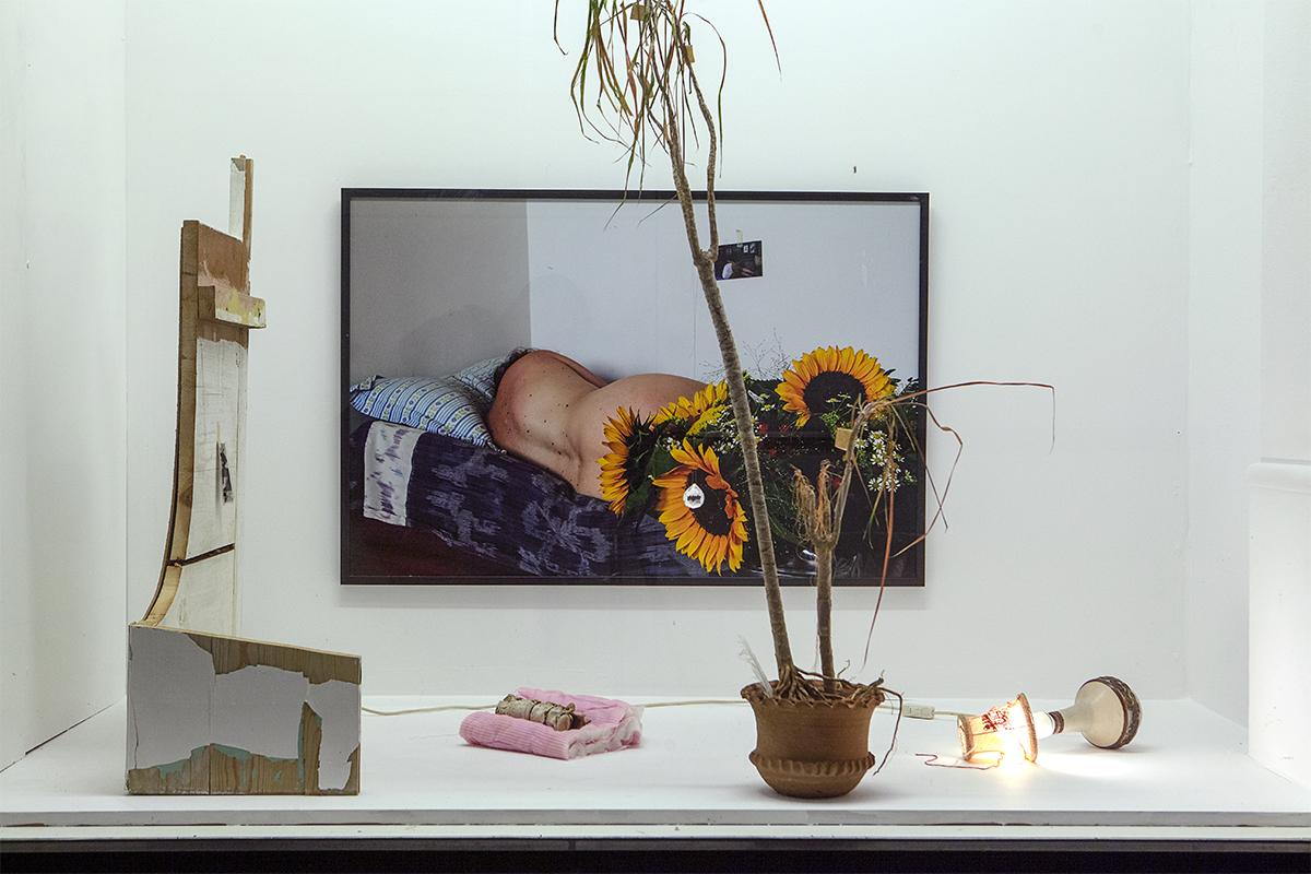 """Anne Dyhr """"Til en lejlighed / Remains,� 2017-2019. Foto: Tomas Skovgaard."""