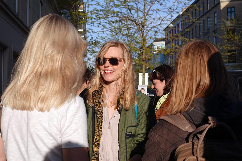 """INTO THE SOFT,"" Fernisering. Foto: Rikke Ehlers Nilsson."