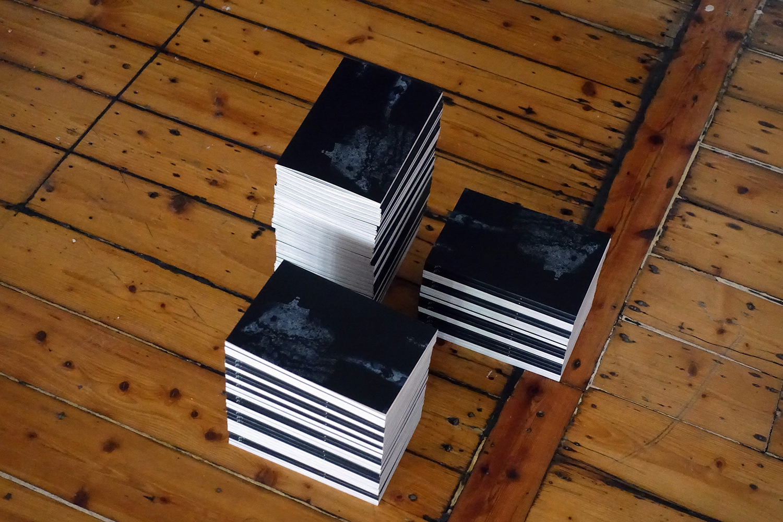 """Jesper Olsen """"Gennemlæsning af 150 cm x 230 cm.� Foto: Rikke Ehlers Nilsson."""