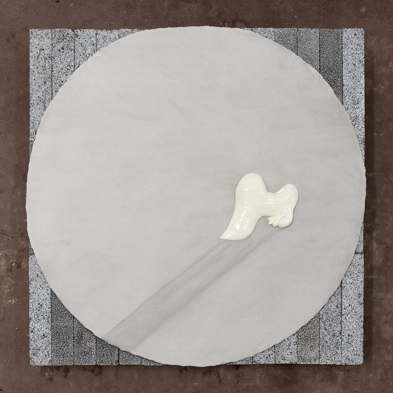 "Martha Hviid ""Strech,� 2019 (Clay, varnish, carpet, breeze-blocks). Photo: David Stjernholm."