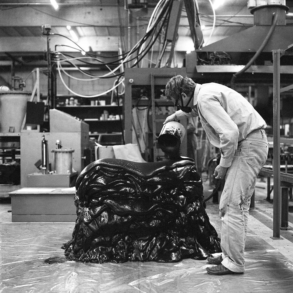 Gunnar Aagaard Andersens legendariske skumstol fra 1964 kan opleves på udstillingen  GAAA ARBEJDER.  Foto: Schnakenburg & Brahl.