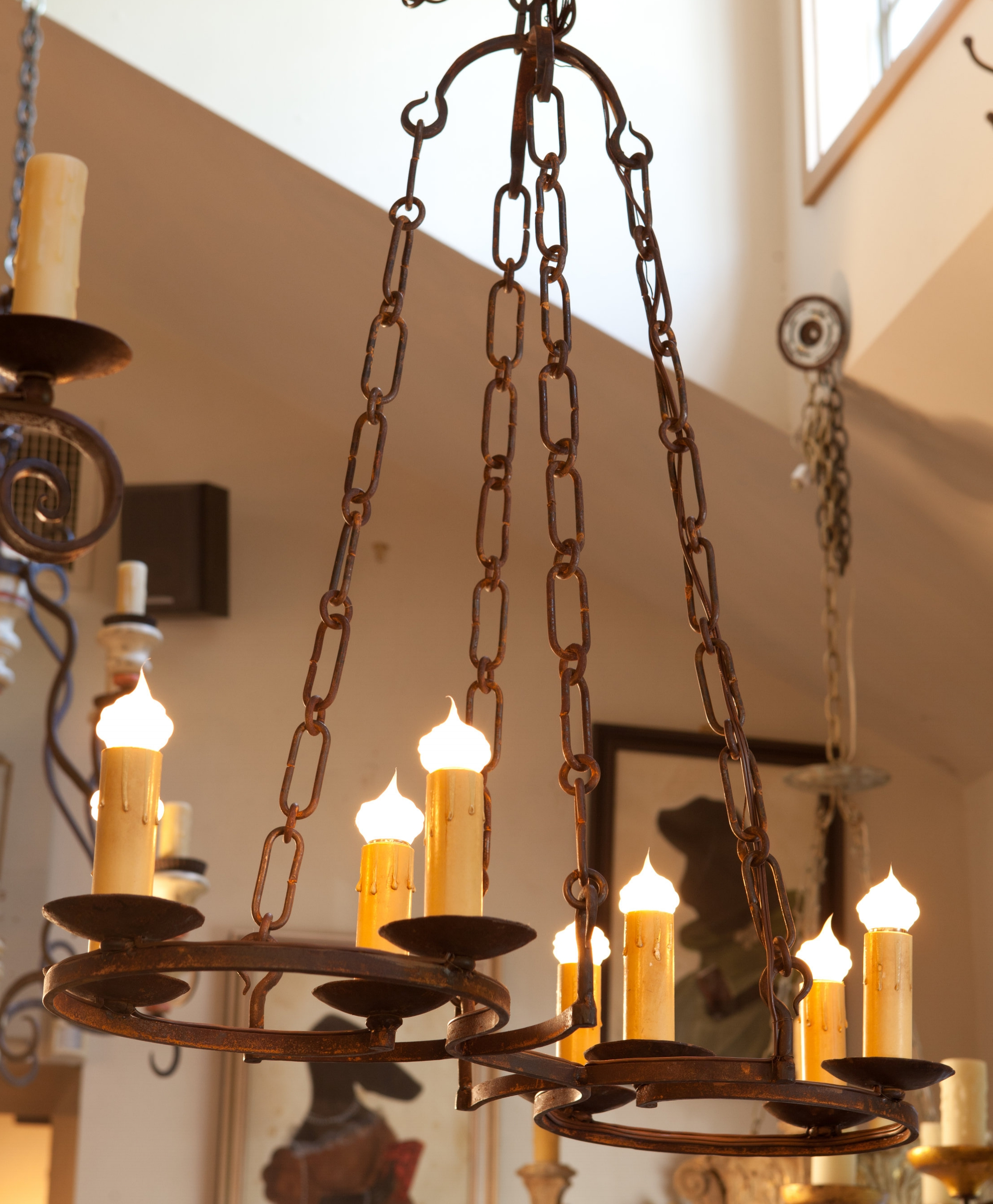 "Custom iron light ""Cuyahoga"" chandelier with 8 sockets"