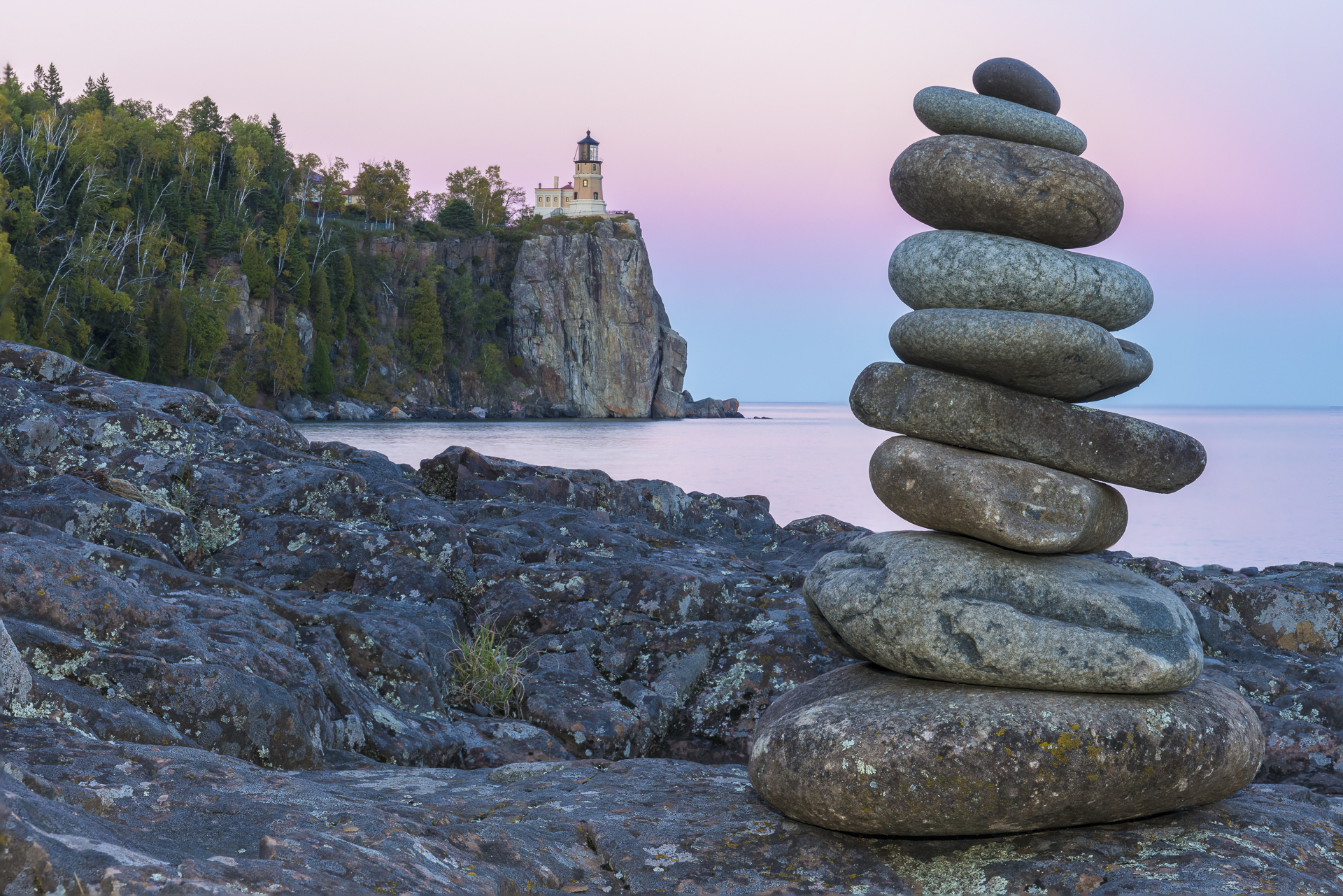Rock stacks: Split Rock Lighthouse State Park
