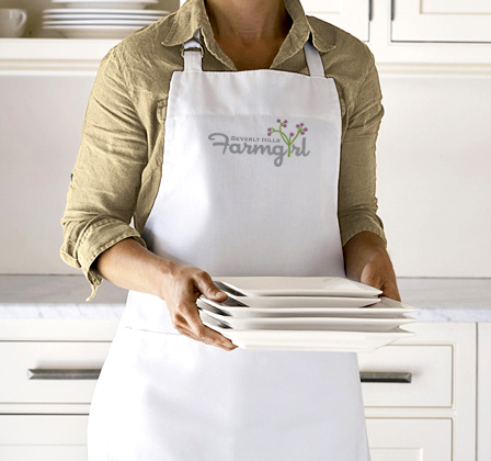 whiteapron_cr.jpg