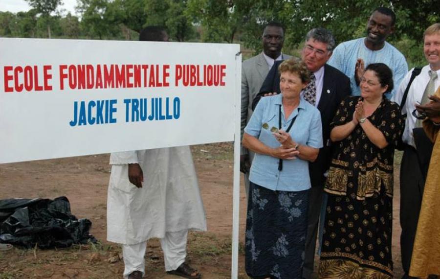 Jackie Trujillo Middle   Kouroulamini N'Tentou, 2006