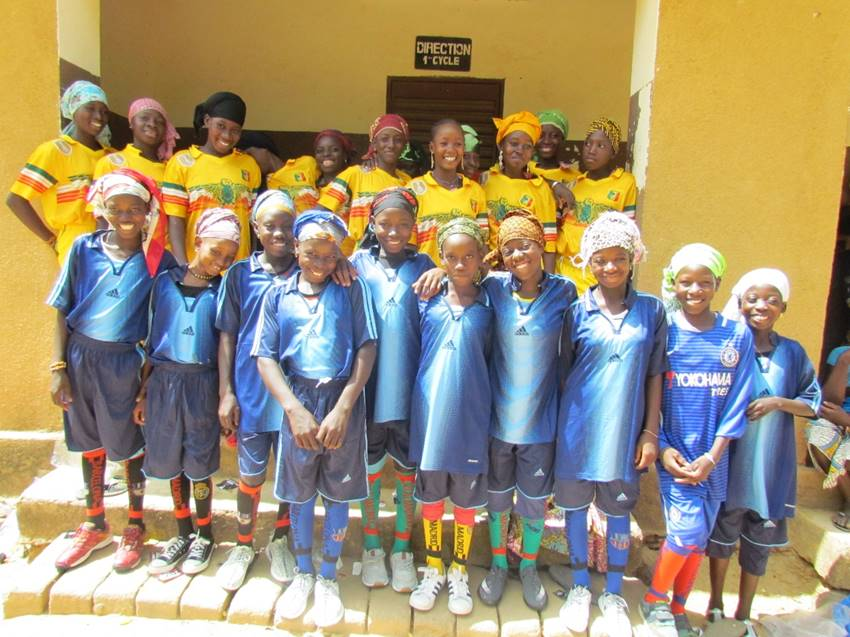 Simidji's girls' team gathers for their road trip to Beneko.