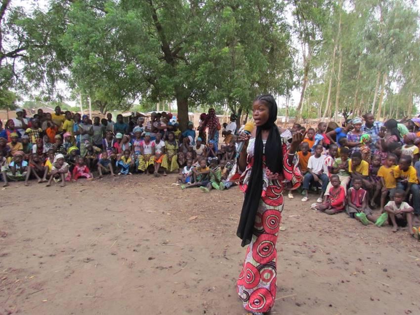 Mali Rising graduate Mariam addresses the crowd.