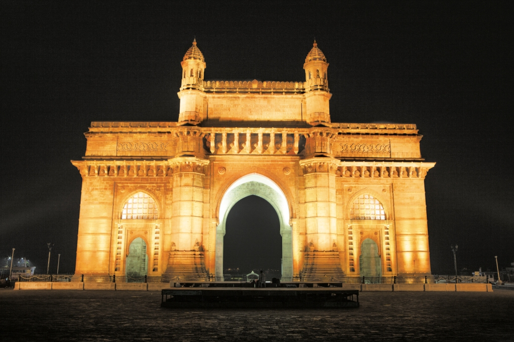 GATEWAY OF INDIA (MUMBAI): GATEWAY TO HIS WORK