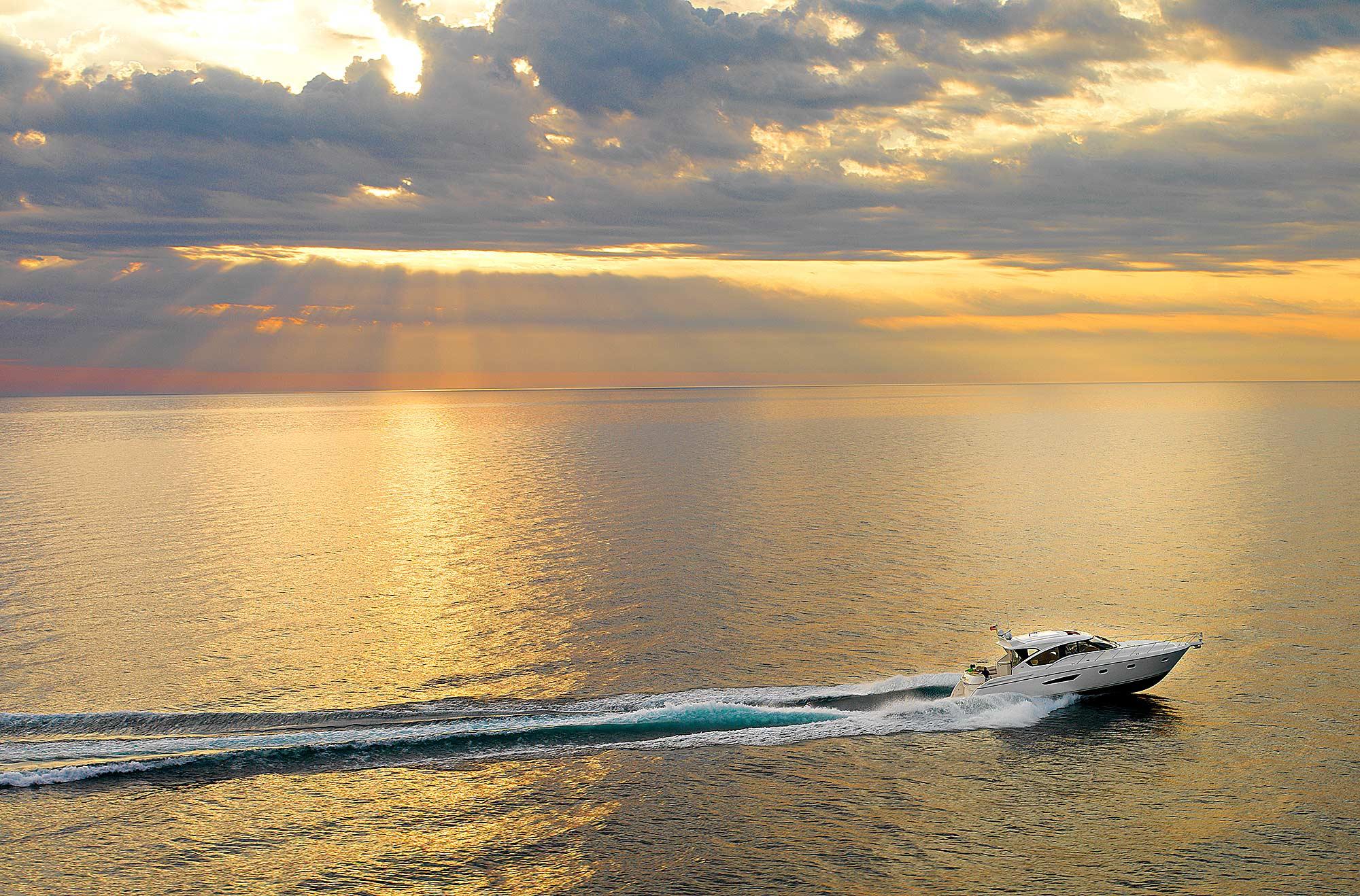 Jeremy-Frechette-tiara-yachts-sunset-home-005.jpg