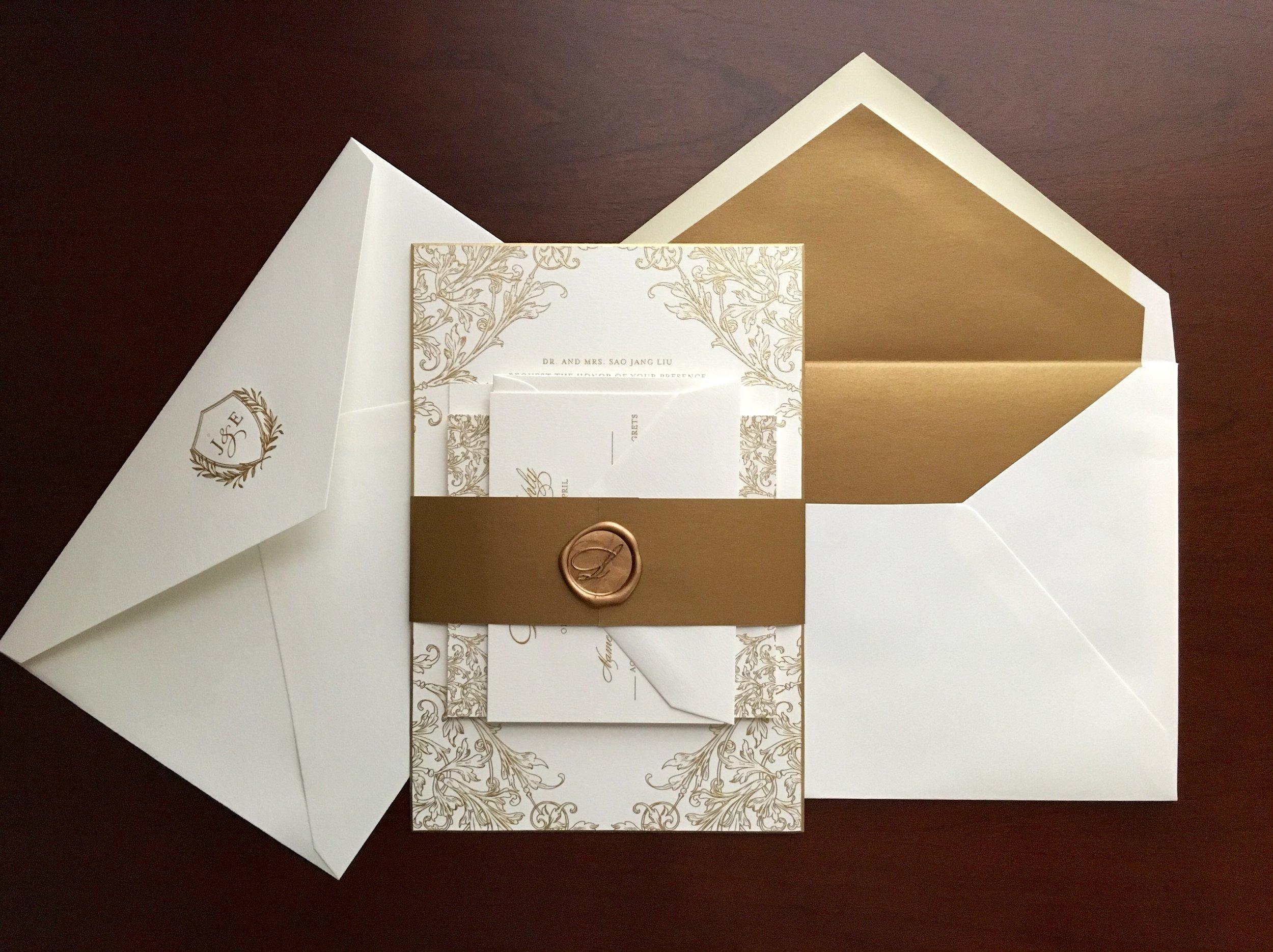 banner-gold-engraved-suite.jpg