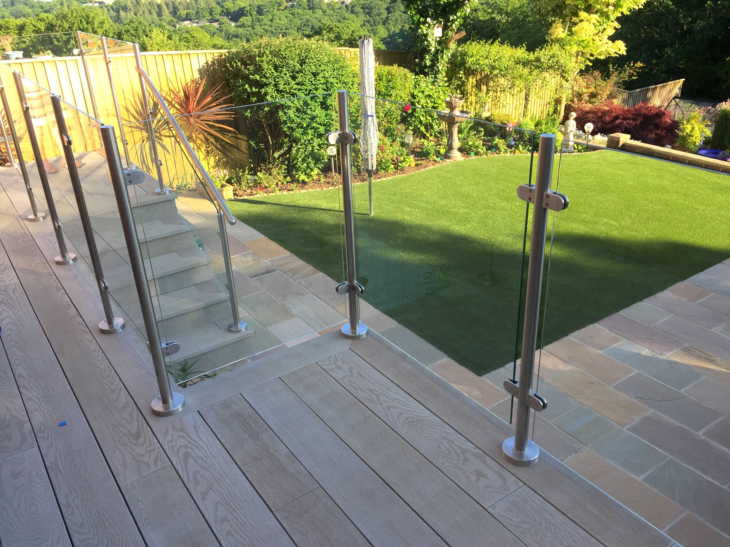 Stainless steel and glass balustrades & balconies