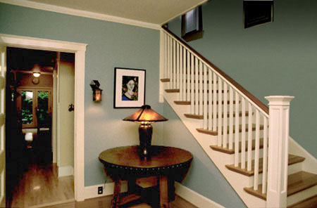 Paint colors for Craftsman style entry hall