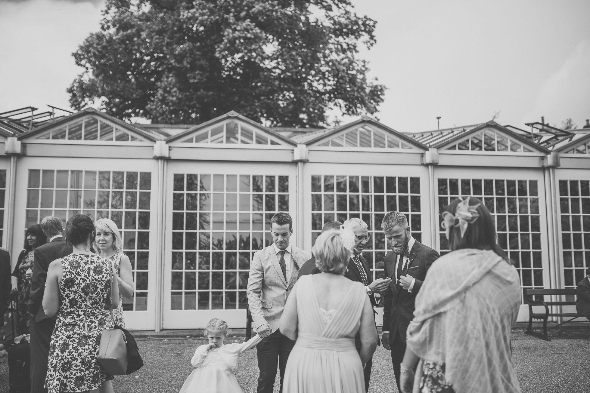 sheffield-botanical-gardens-wedding-photographer-18.jpg