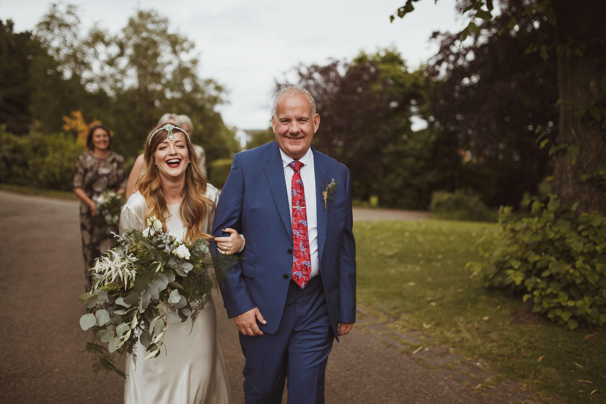 sheffield-botanical-gardens-wedding-photographer-20.jpg