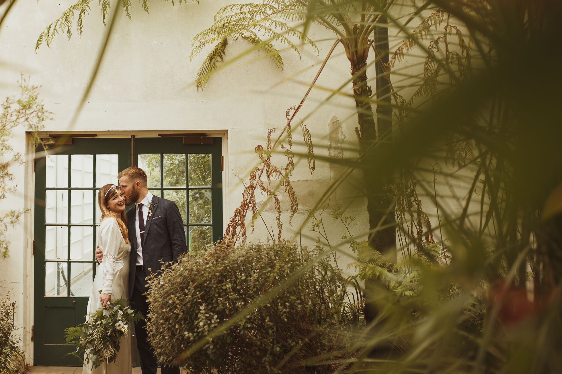 sheffield-botanical-gardens-wedding-photographer-41.jpg