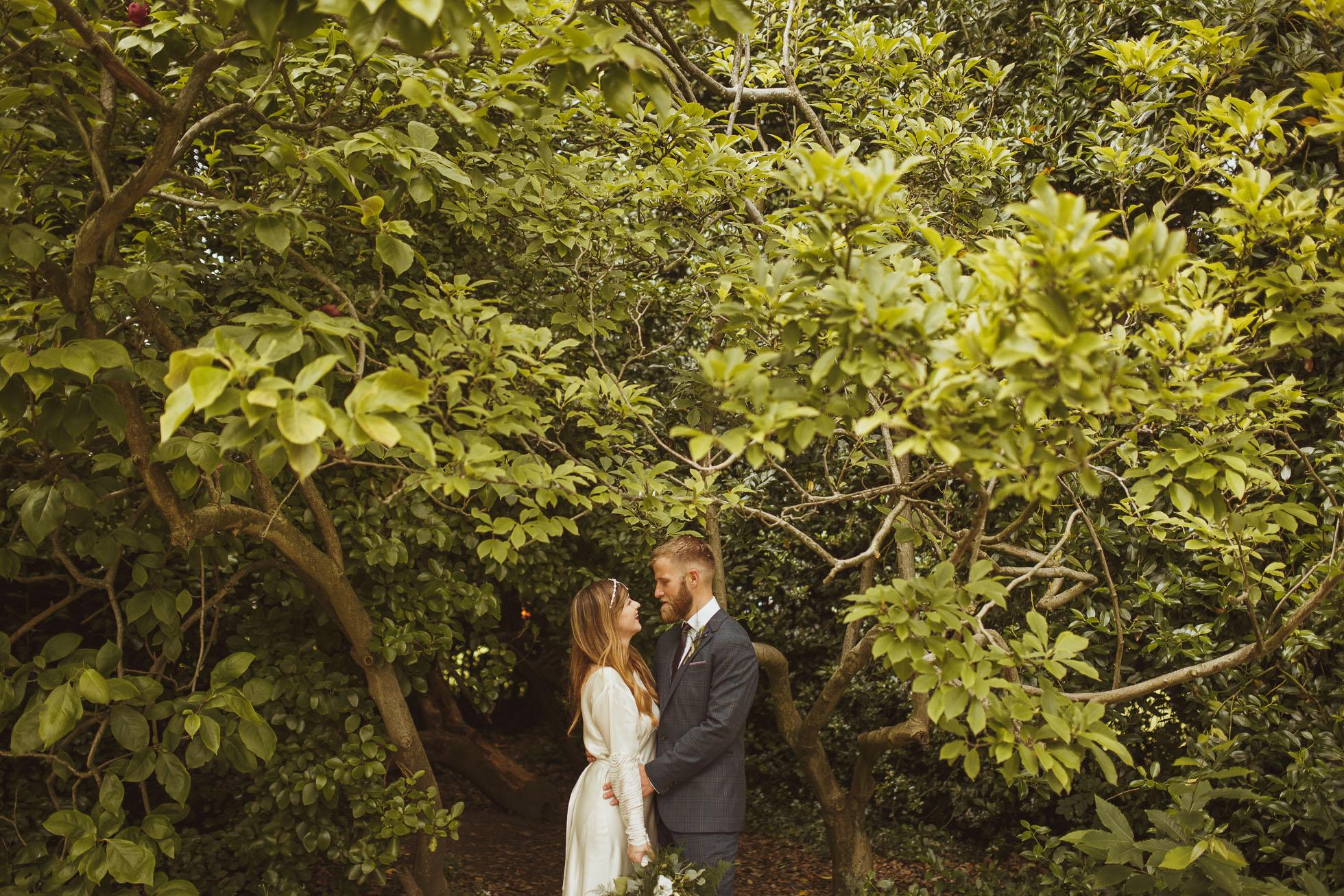sheffield-botanical-gardens-wedding-photographer-40.jpg