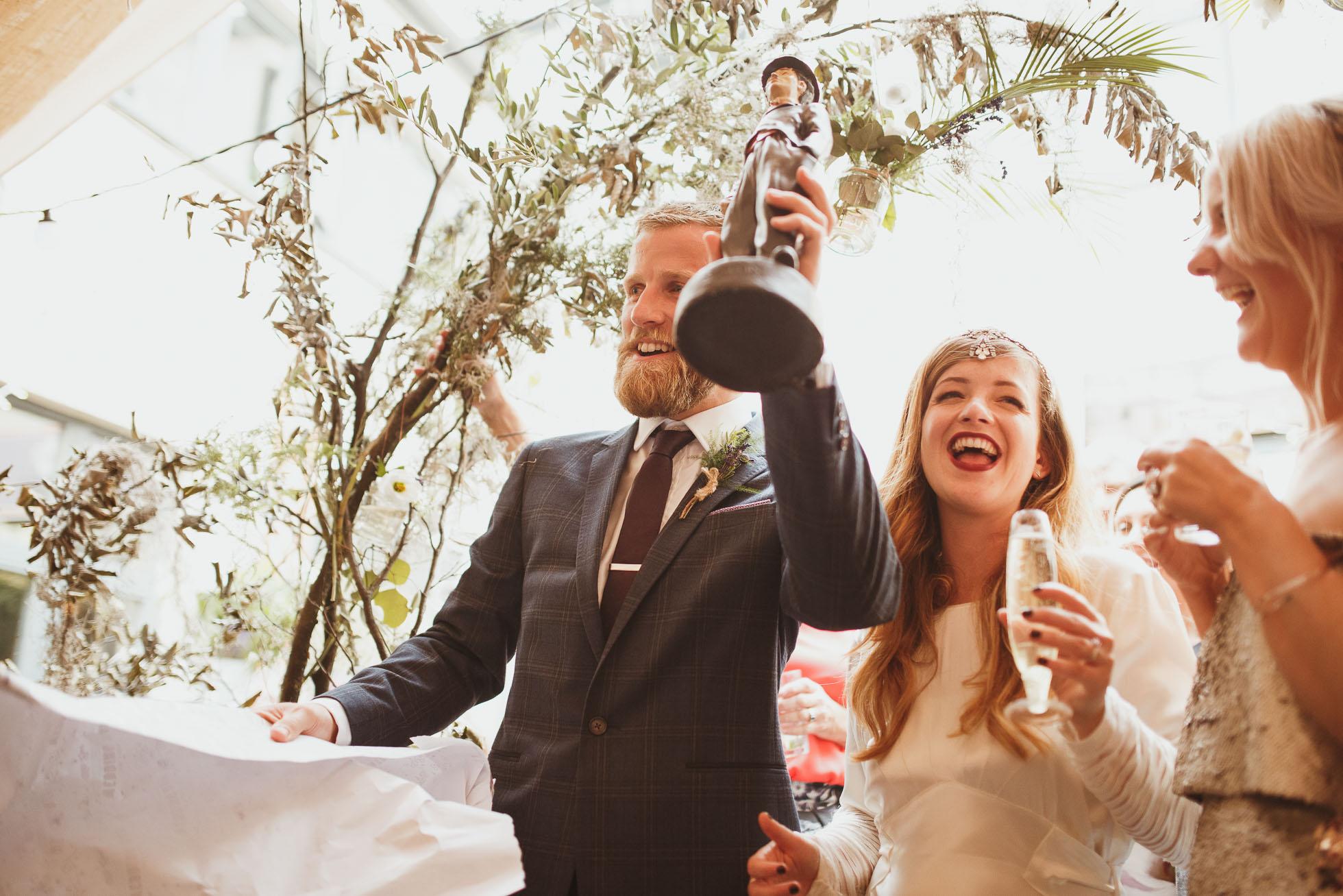sheffield-botanical-gardens-wedding-photographer-77.jpg