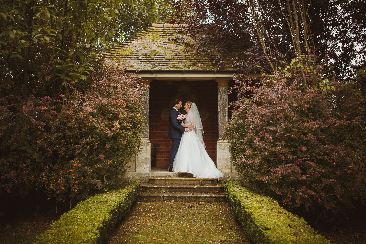 Elvetham hotel wedding photographer-8.jpg