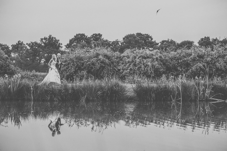 Alrewas hawes wedding photographer-12.jpg