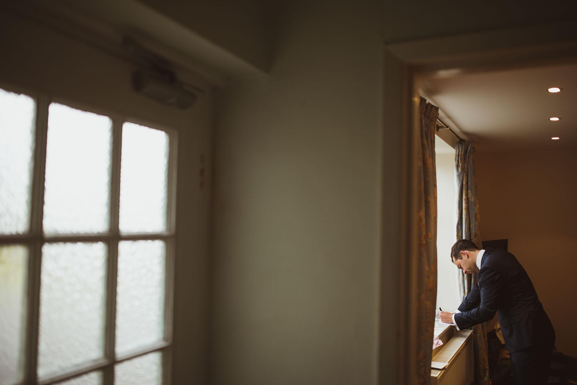 hilltop country house wedding photographer-9.jpg