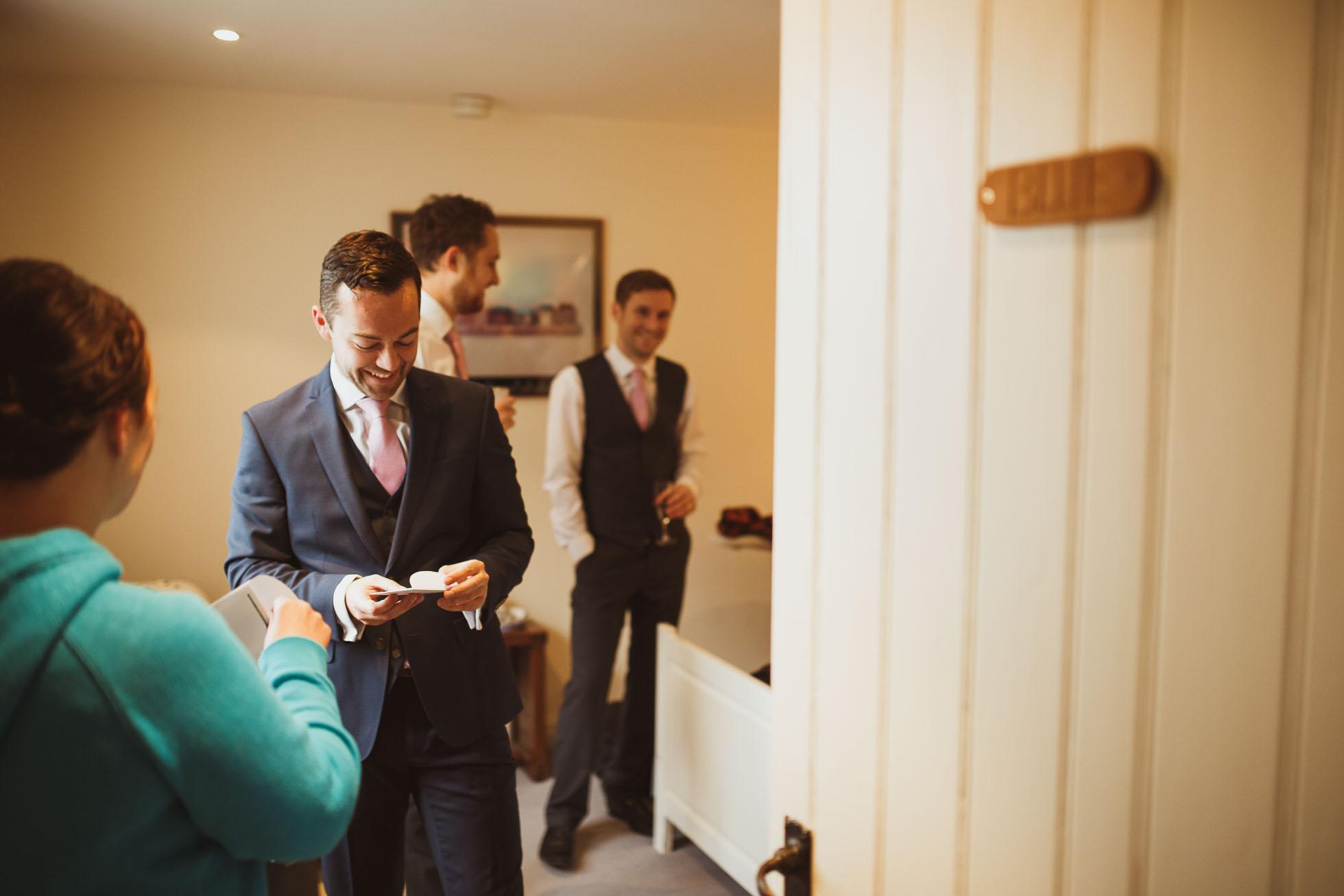 hilltop country house wedding photographer-10.jpg