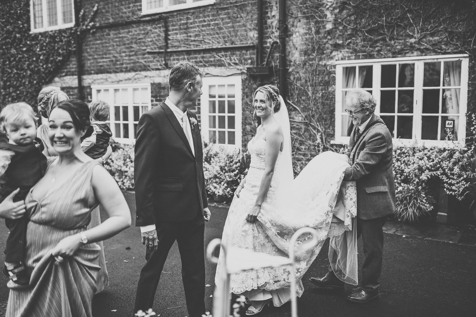 hilltop country house wedding photographer-31.jpg