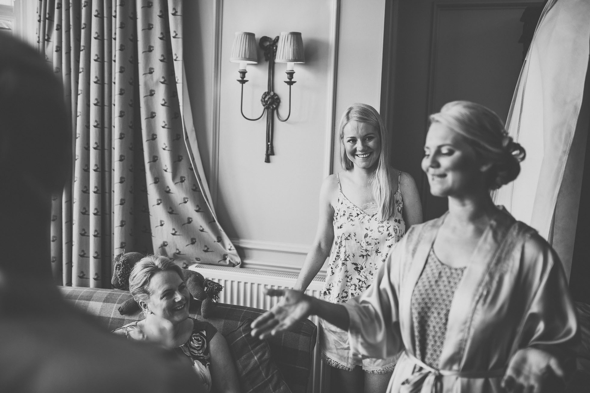 the_barn_scarborough_wedding_photographer-3.jpg