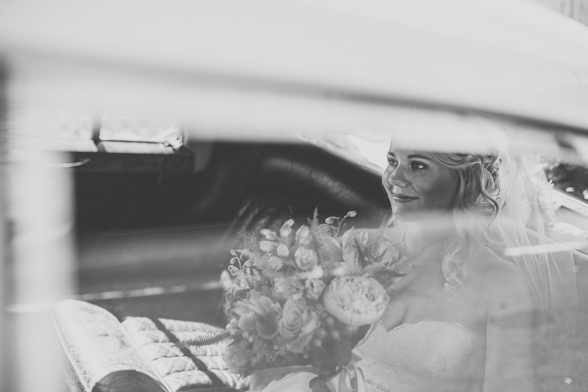 the_barn_scarborough_wedding_photographer-17.jpg