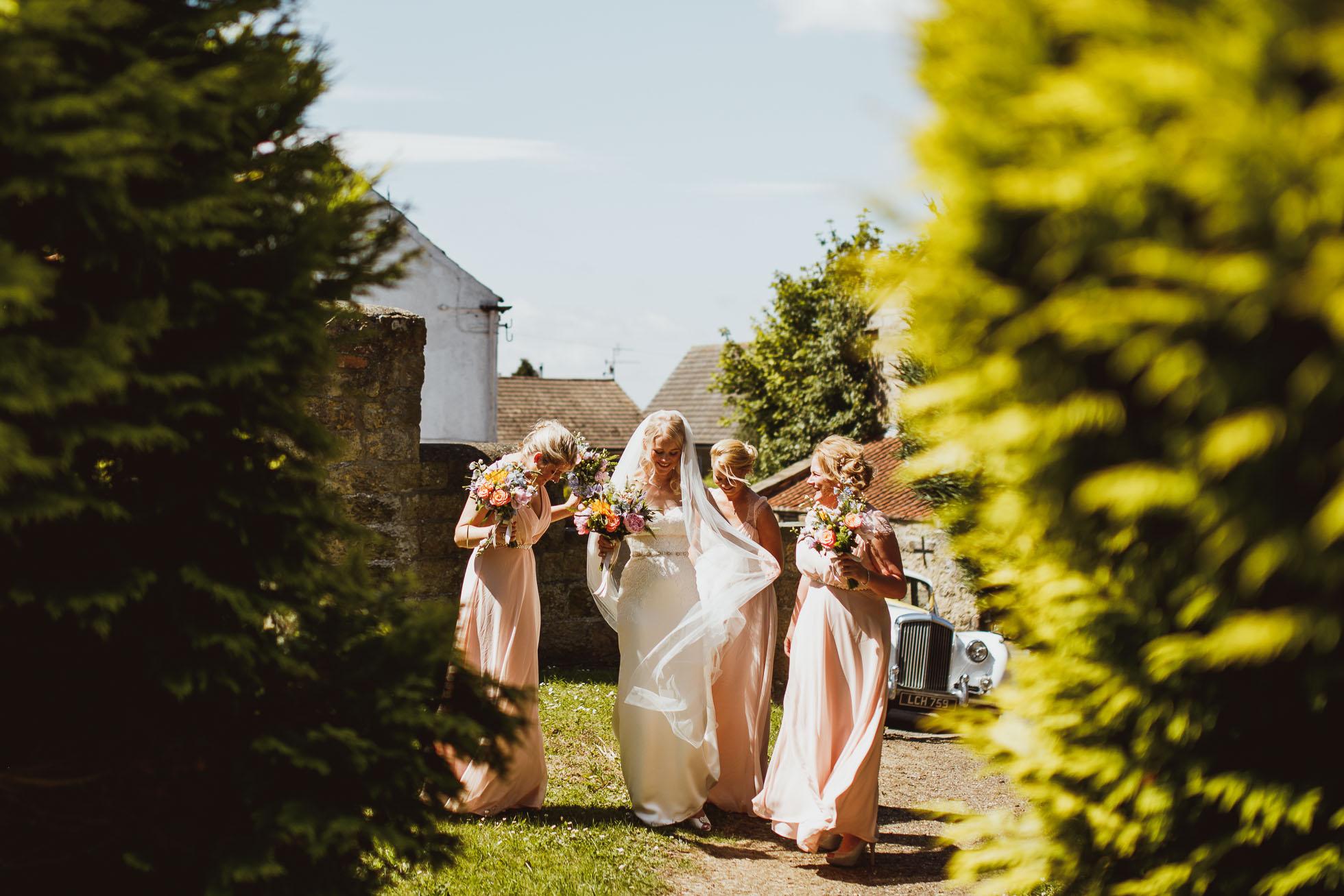 the_barn_scarborough_wedding_photographer-19.jpg