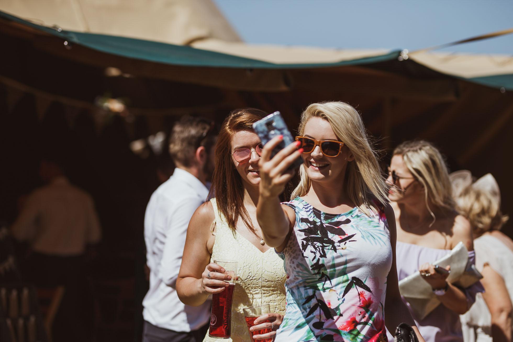 the_barn_scarborough_wedding_photographer-48.jpg
