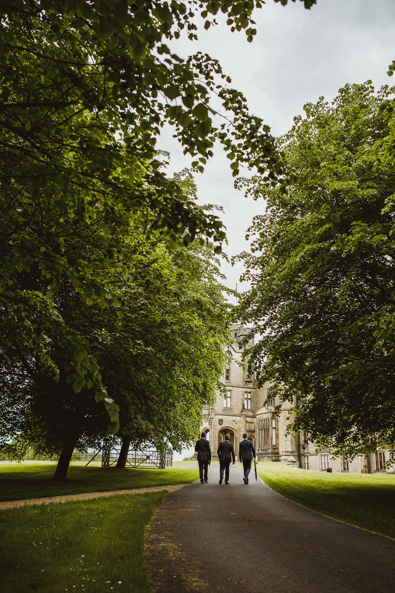 allerton_castle_wedding_photographer-17.jpg