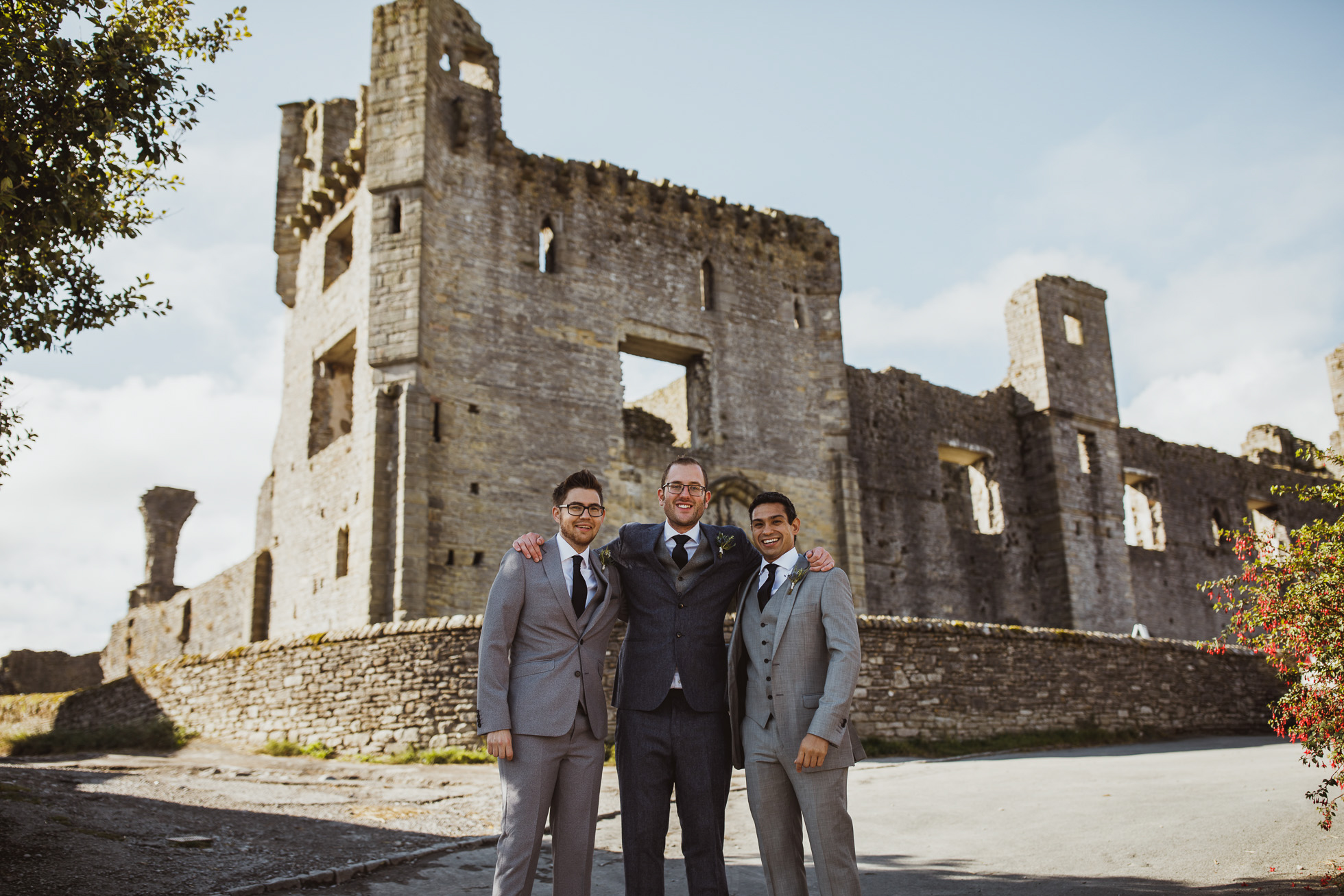 blue_lion_yorkshire_wedding_photographer-28.jpg