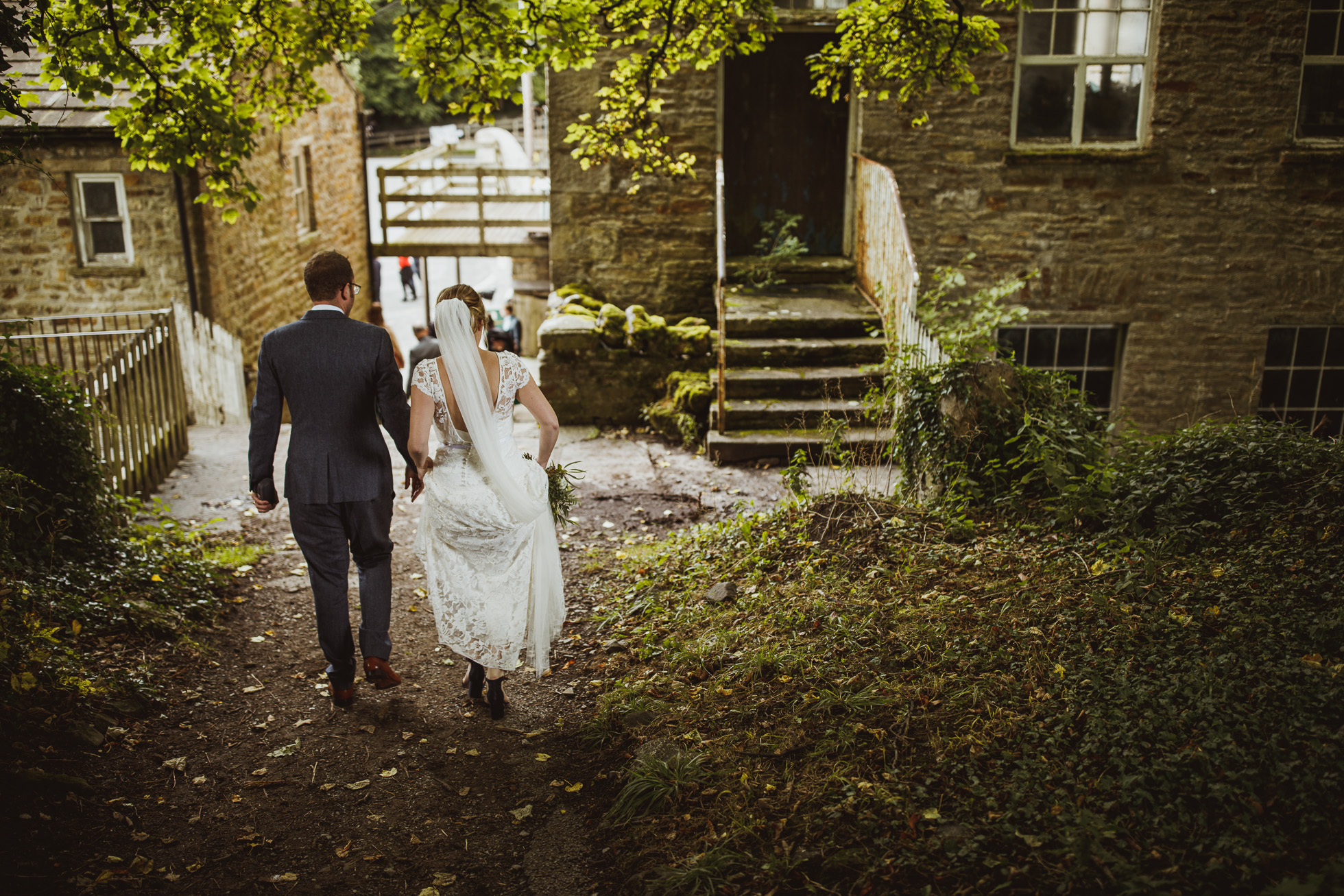 blue_lion_yorkshire_wedding_photographer-54.jpg