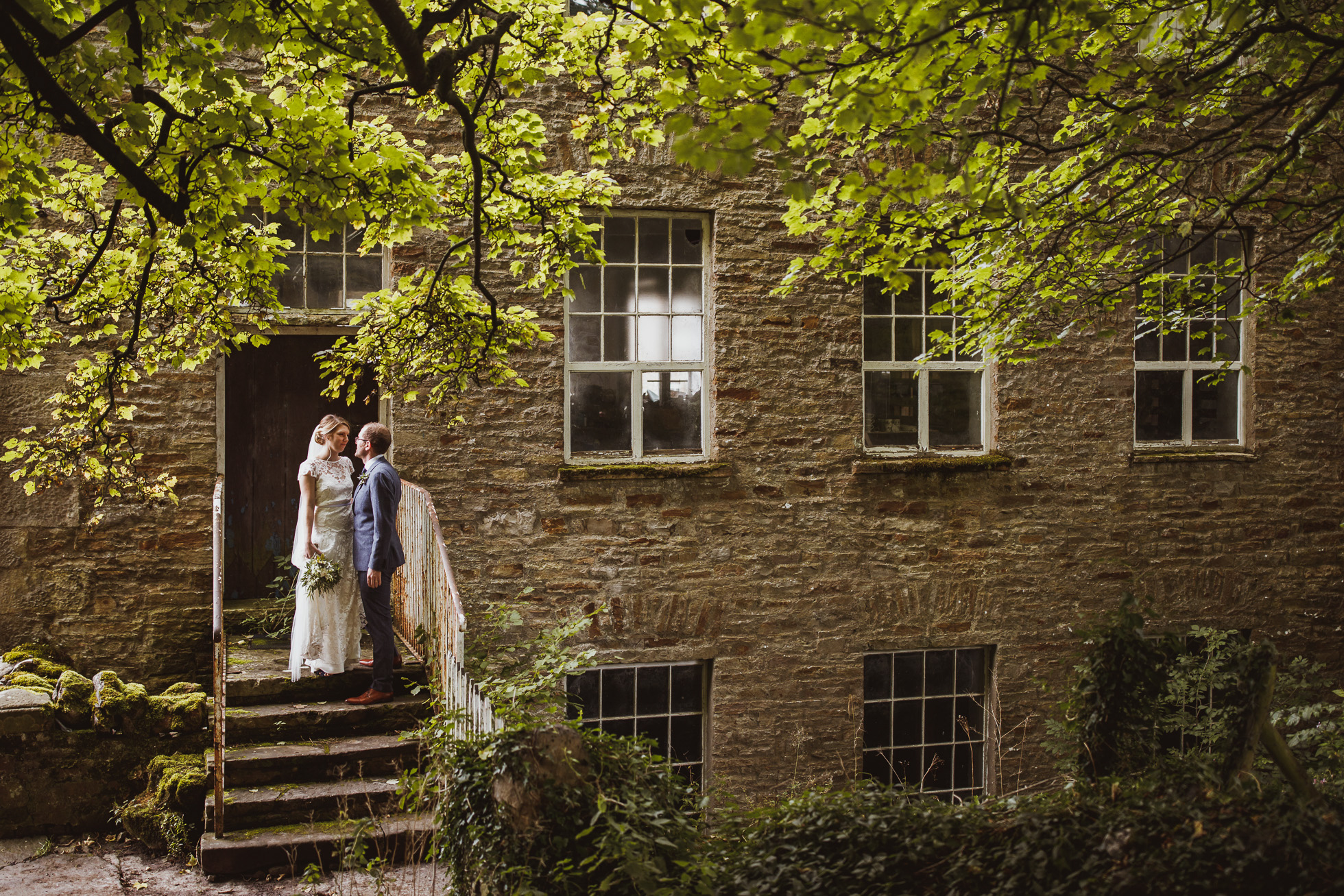 blue_lion_yorkshire_wedding_photographer-55.jpg