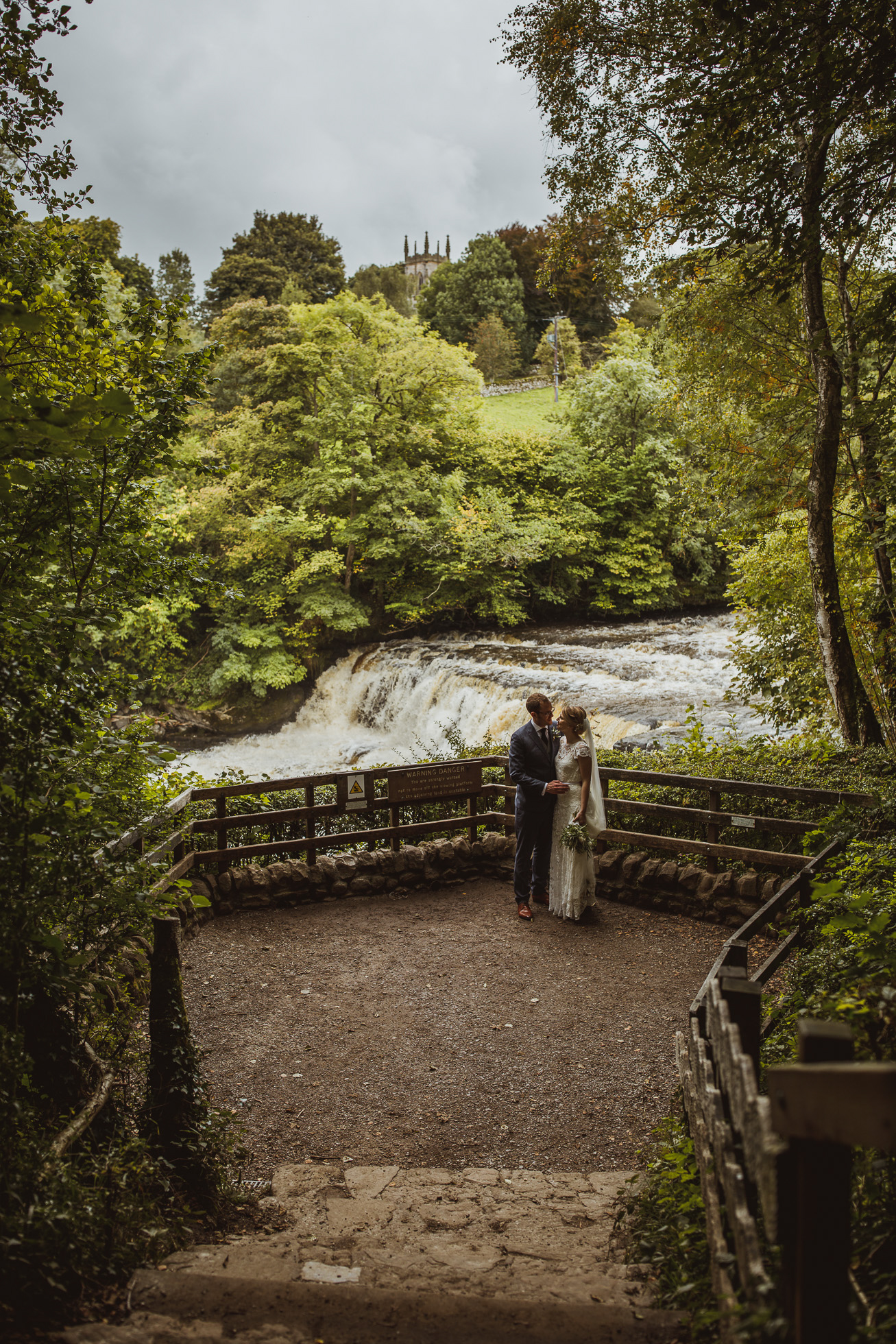 blue_lion_yorkshire_wedding_photographer-67.jpg