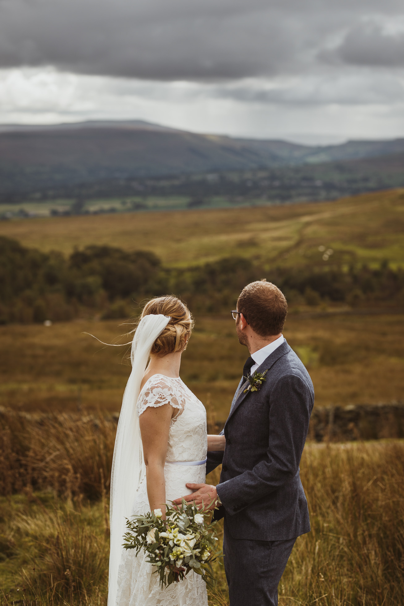 blue_lion_yorkshire_wedding_photographer-69.jpg