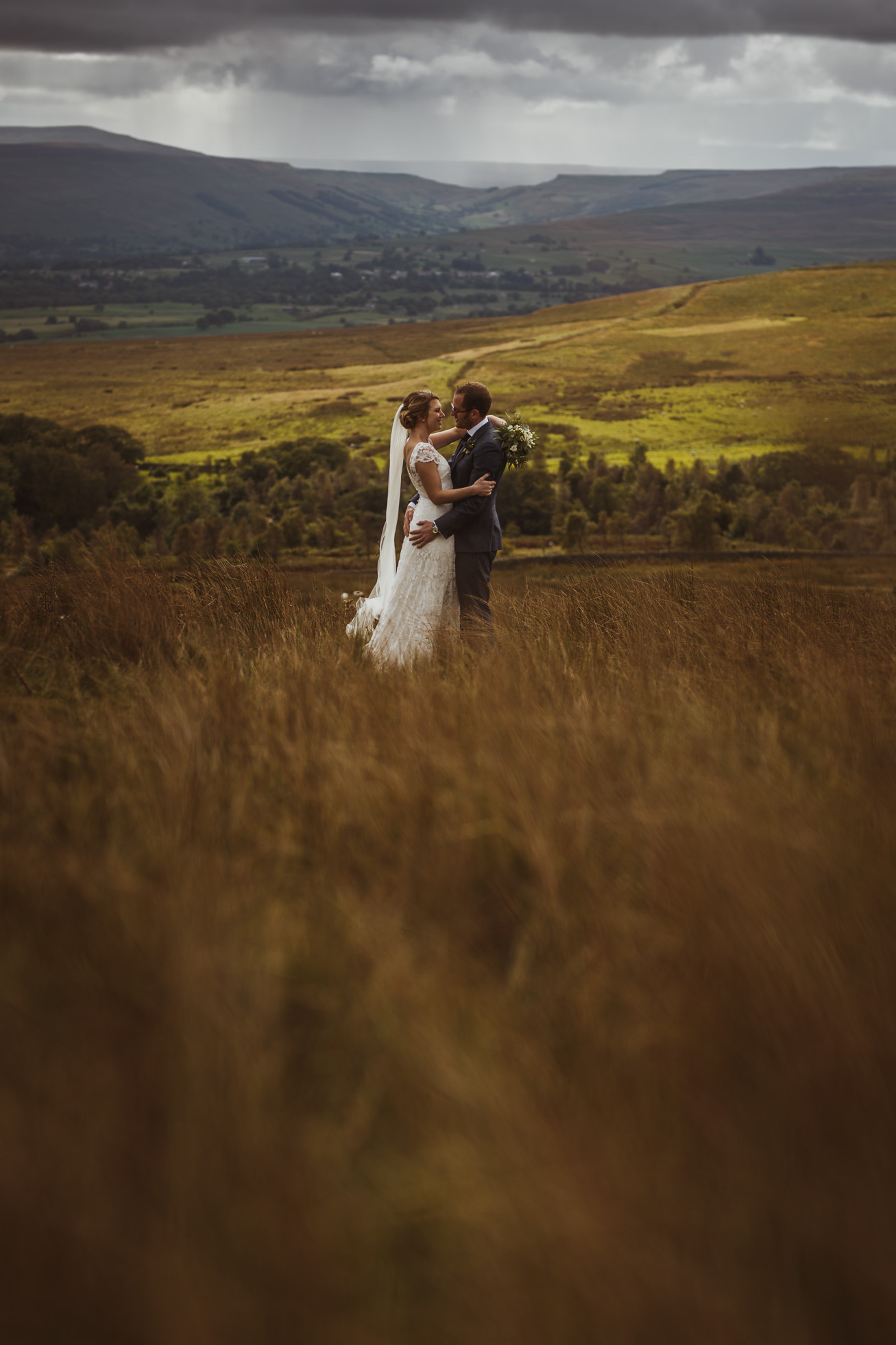 blue_lion_yorkshire_wedding_photographer-74.jpg